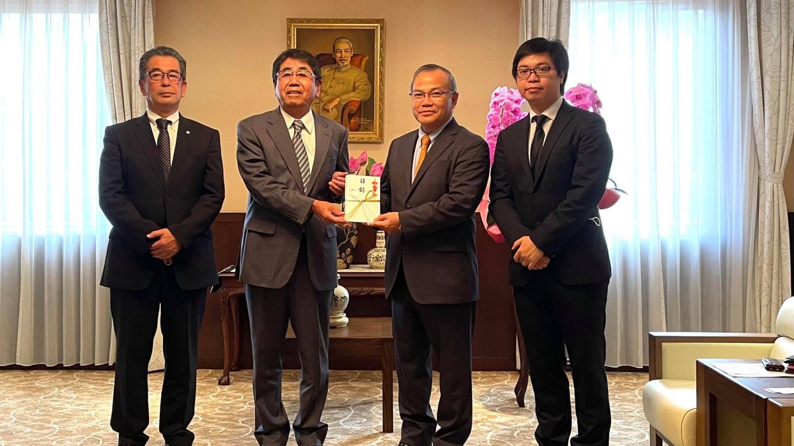 Doanh nghiệp Nhật Bản ủng hộ người Việt Nam gặp khó khăn do đại dịch