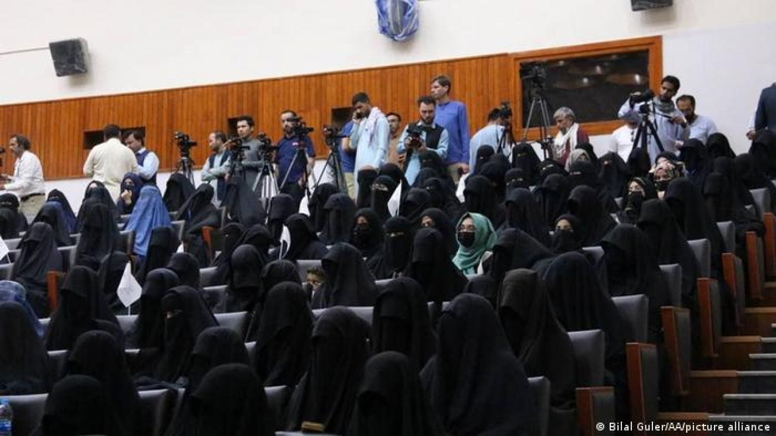 Taliban: Nam nữ học chung là đi ngược với đạo Hồi và giá trị quốc gia
