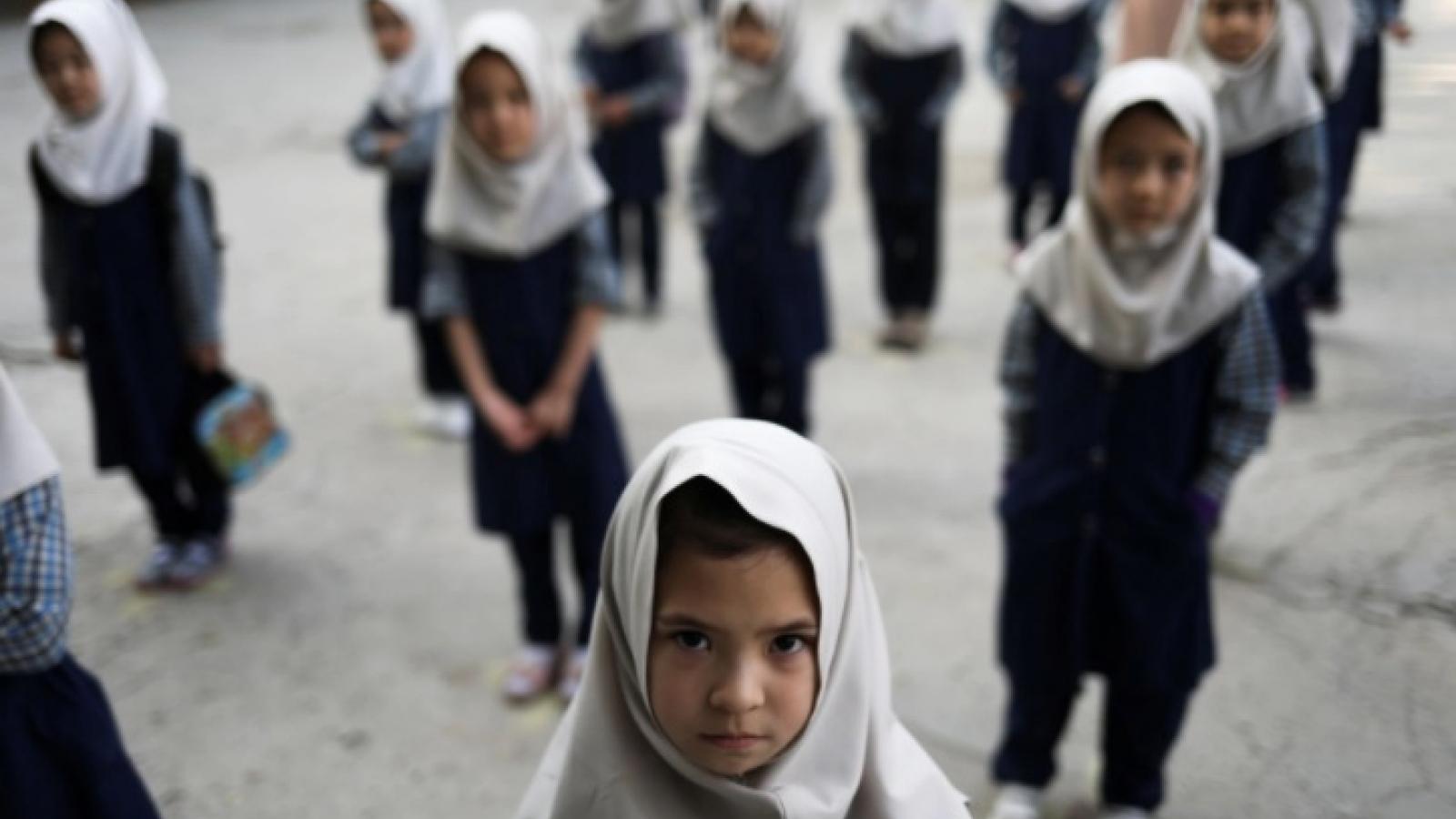 Afghanistan đối mặt nguy cơ tụt hậu gần 2 thập kỷ về giáo dục trẻ em