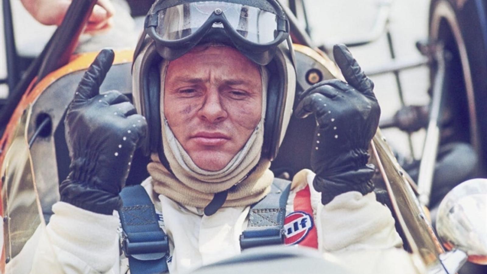 Nhà sản xuất siêu xe McLaren – từng bị liệt trước khi nổi tiếng