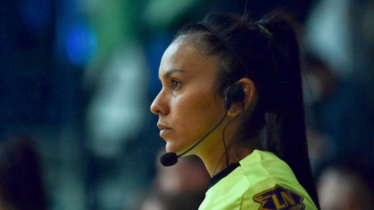 Female Argentinian referee to officiate Vietnamese game in FIFA Futsal World Cup