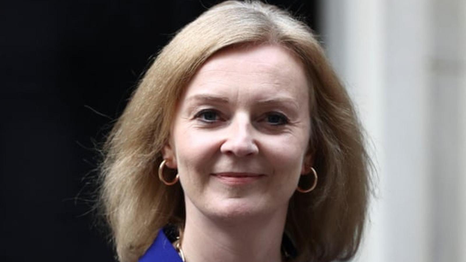 Thủ tướng Anh cải tổ nội các, thay Ngoại trưởng