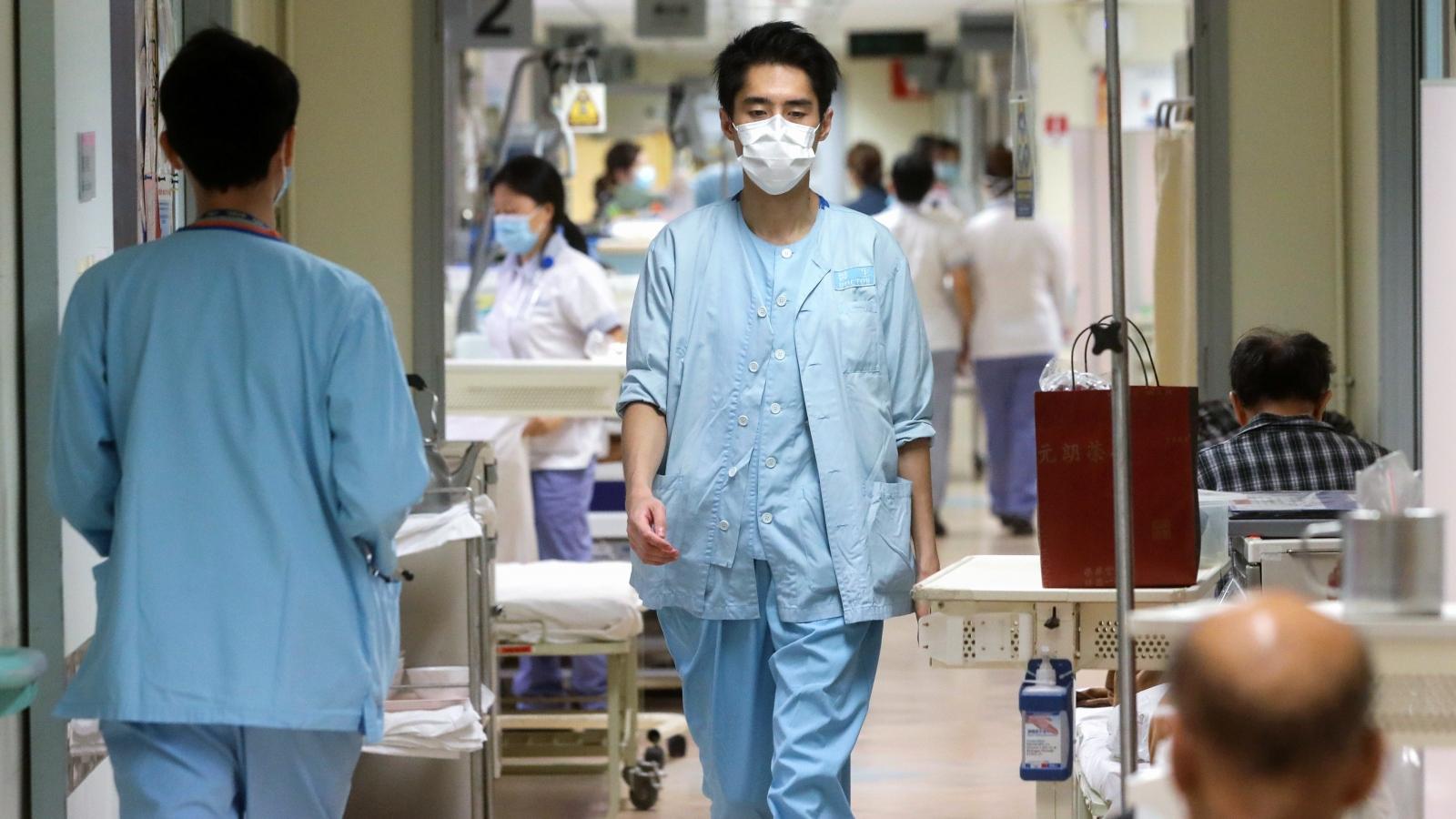 Hong Kong nớilỏng các quy định về thu hút bác sĩ nước ngoài