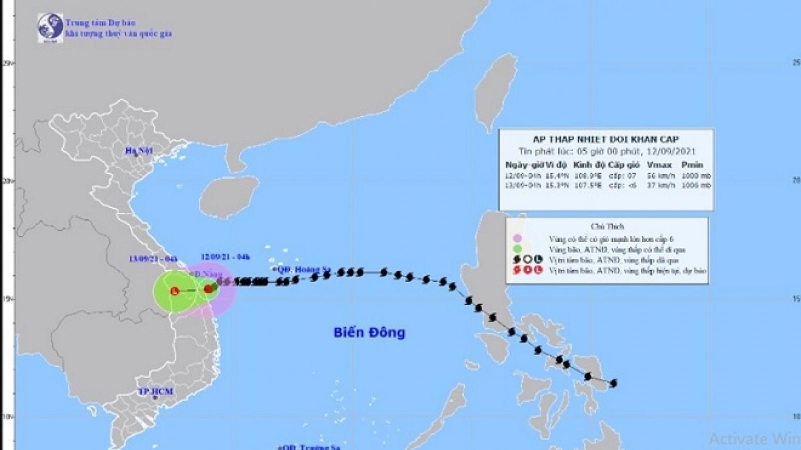 Áp thấp nhiệt đới giật cấp 9 trên vùng biển từ Đà Nẵng đến Quảng Ngãi