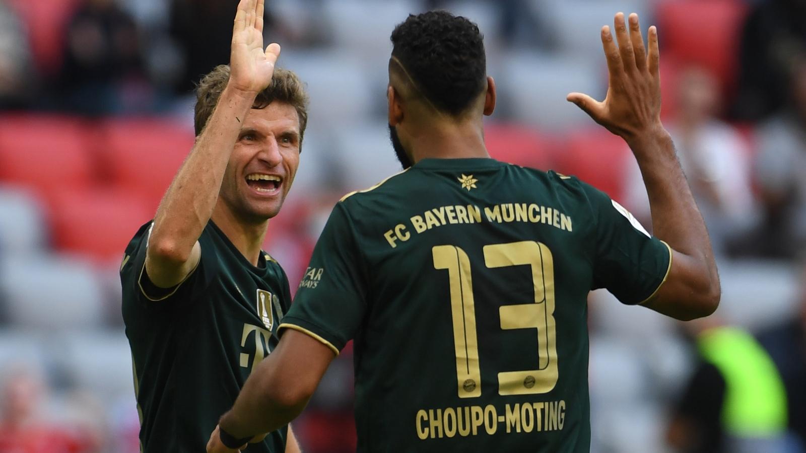 Nã 7 bàn vào lưới Bochum, Bayern Munich vượt lên dẫn đầu Bundesliga
