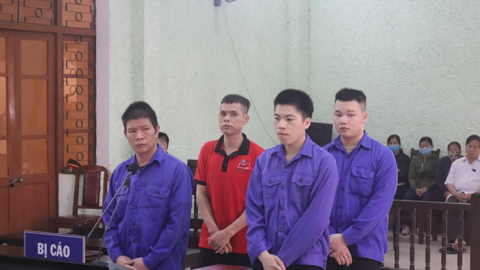 4 thanh niên cùng thôn lĩnh án tù vì đón người nhập cảnh trái phép tại Cao Bằng