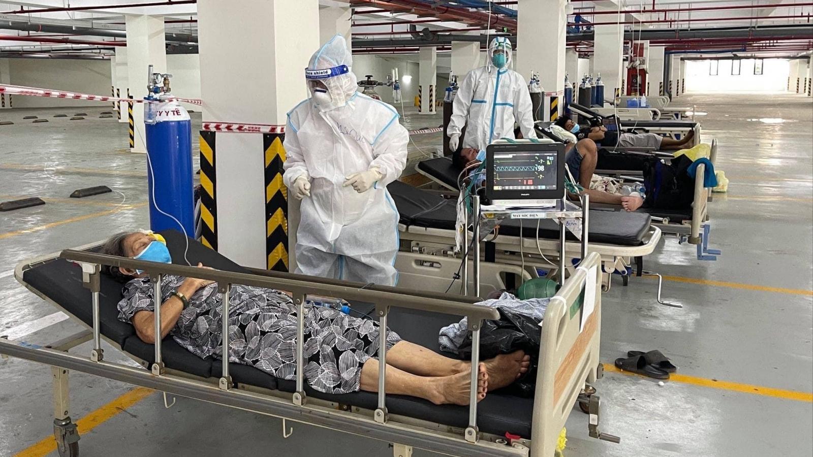 Phát hiện có sâu trong suất ăn, TP.HCM ngưng hợp đồng cung ứng suất ăn cho bệnh viện