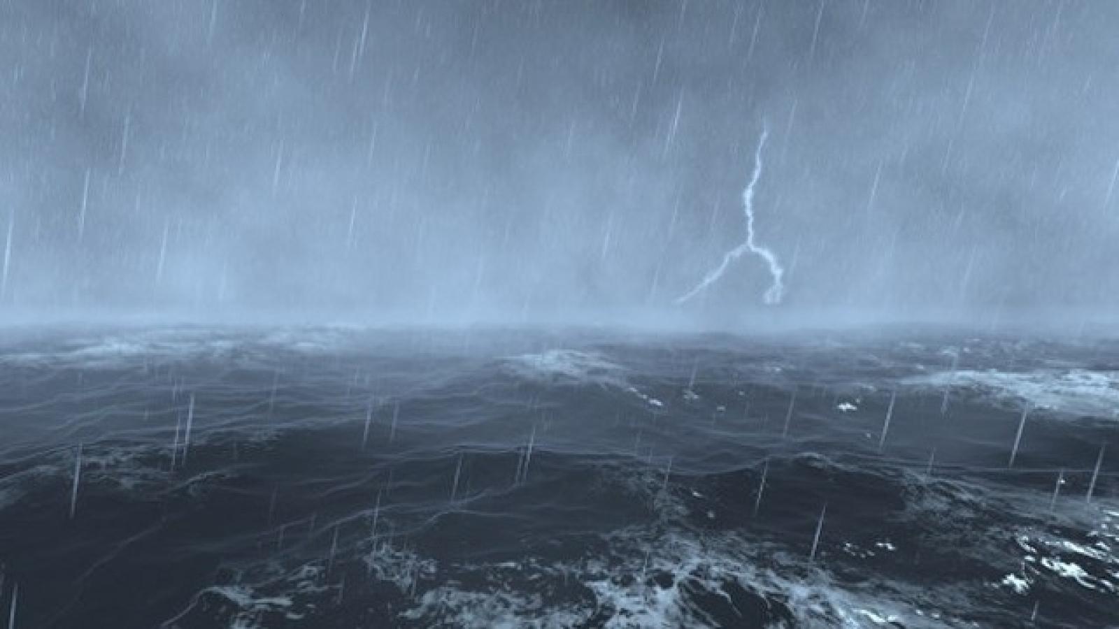 Áp thấp gây mưa lớn diện rộng tại các tỉnh miền Trung