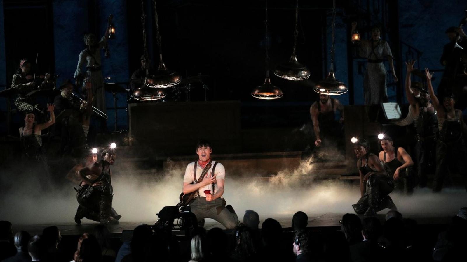 Nhạc kịch Broadway trở lại sau 18 tháng
