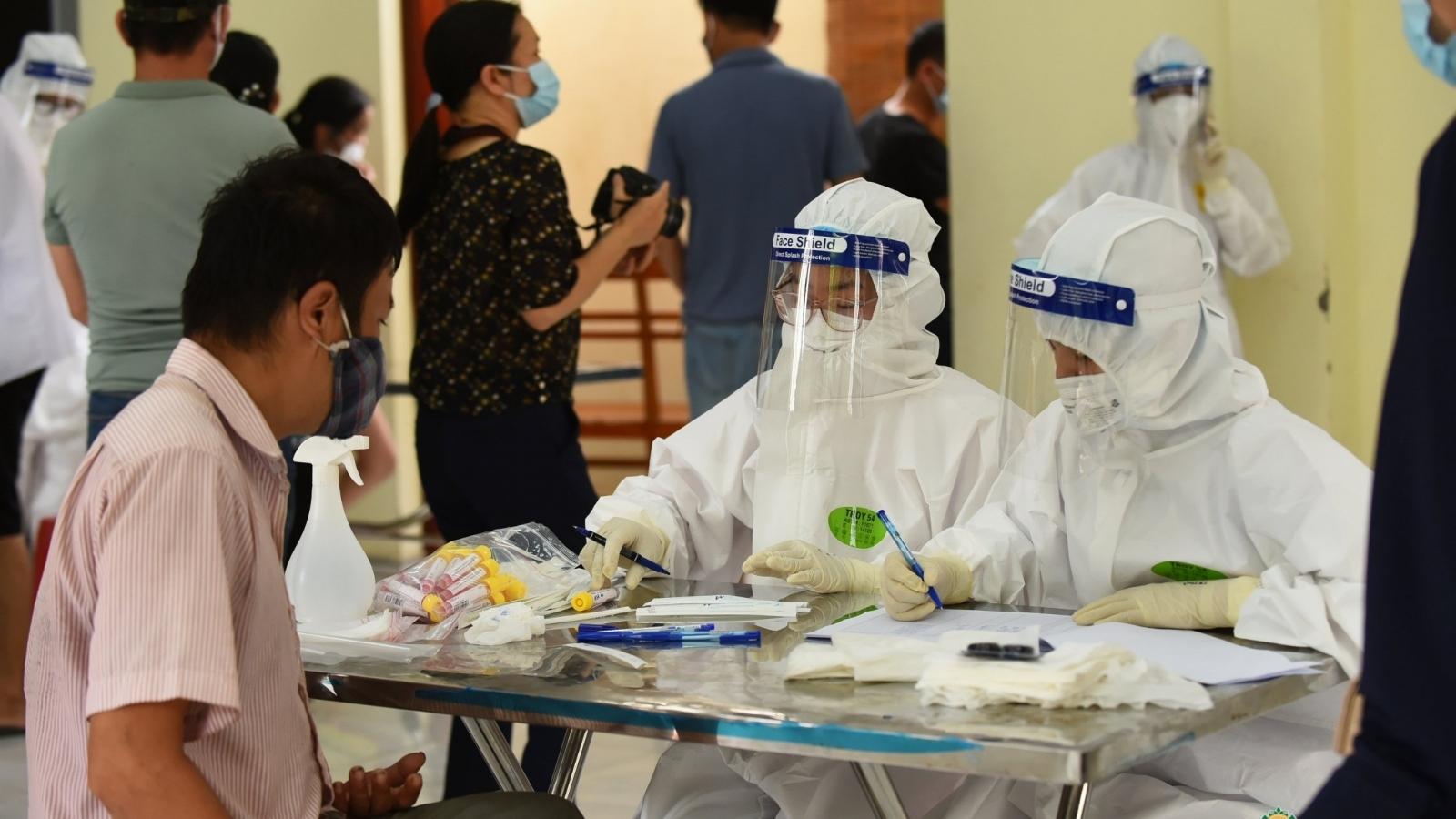 Bắc Ninh họp khẩn, xét nghiệm nhanh hơn 34.000 người ở Từ Sơn và Tiên Du