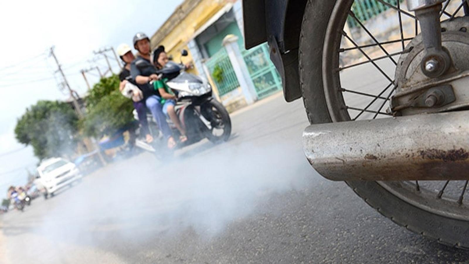 Đề xuất kiểm soát khí thải xe máy: Làm được không?