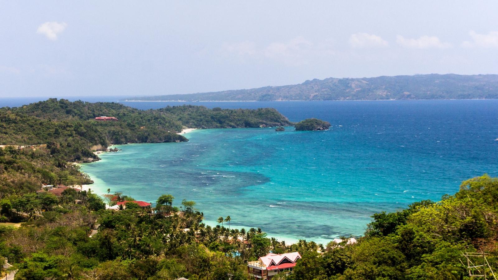 """Philippines học hỏi """"Phuket sandbox"""" để đón khách quốc tế"""