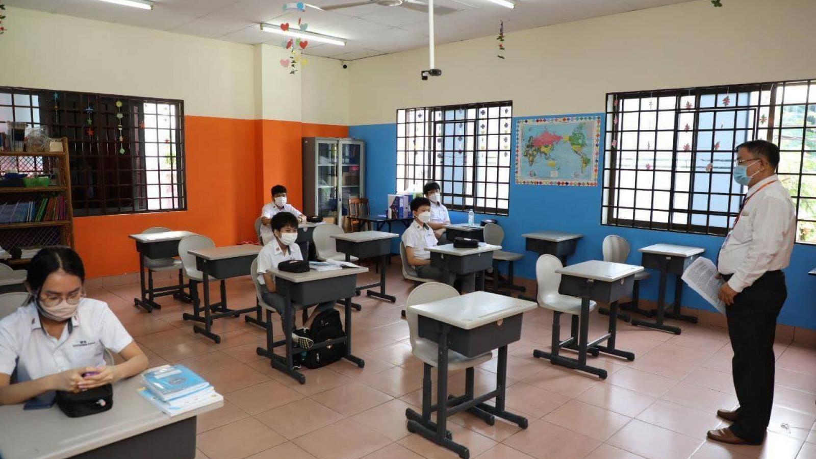 Campuchia lên kế hoạch tiêm vaccine Covid-19 cho trẻ em từ 6-12 tuổi