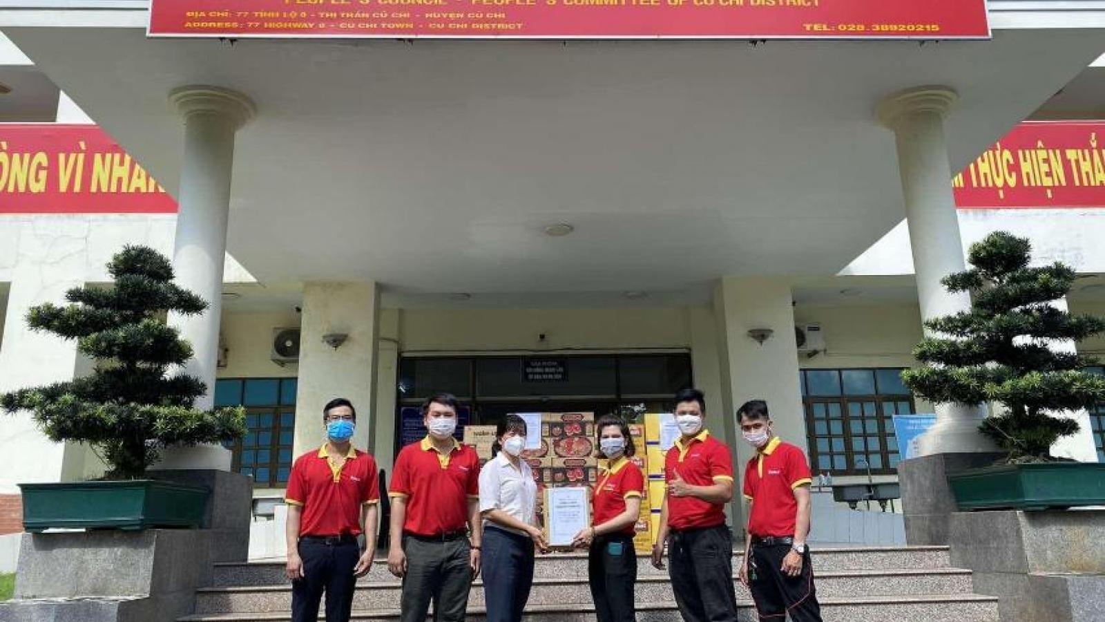 Tập đoàn Masan tiếp sức 150.000 hộp sữa đến bệnh nhân Covid-19 tại TP.HCM