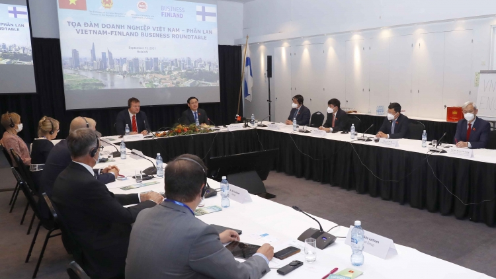 Chủ tịch Quốc hội dự Tọa đàm doanh nghiệp Việt Nam - Phần Lan