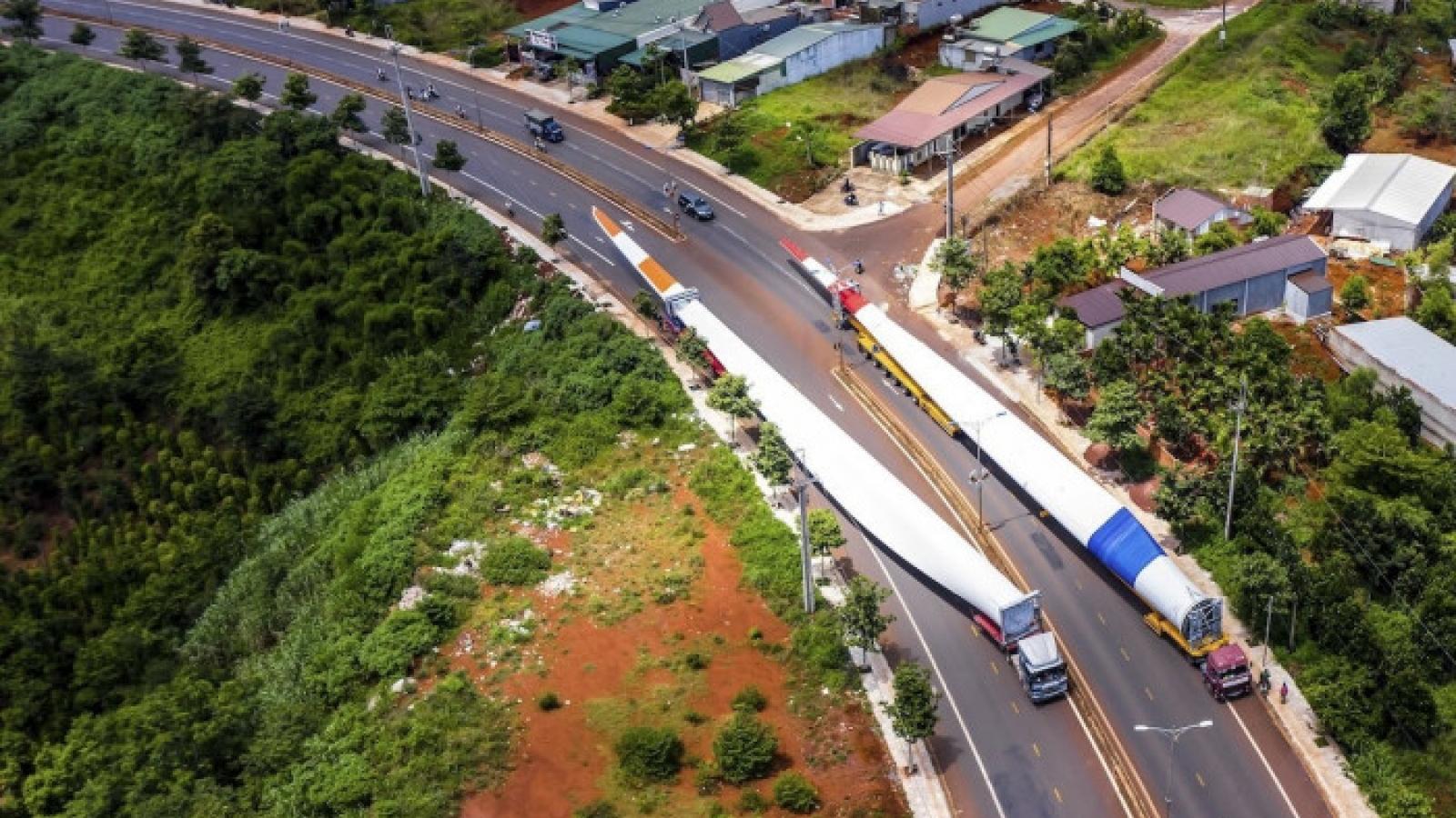 Thu hồi giấy phép xe chở thiết bị điện gió Công ty Trung Nam do vi phạm phòng dịch