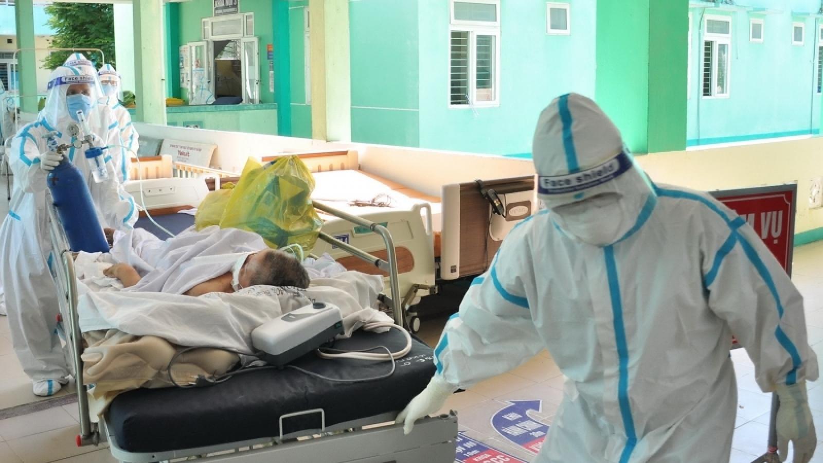 Một bệnh nhân Covid-19 ở Đà Nẵng tiên lượng xấu đã hồi phục và xuất viện