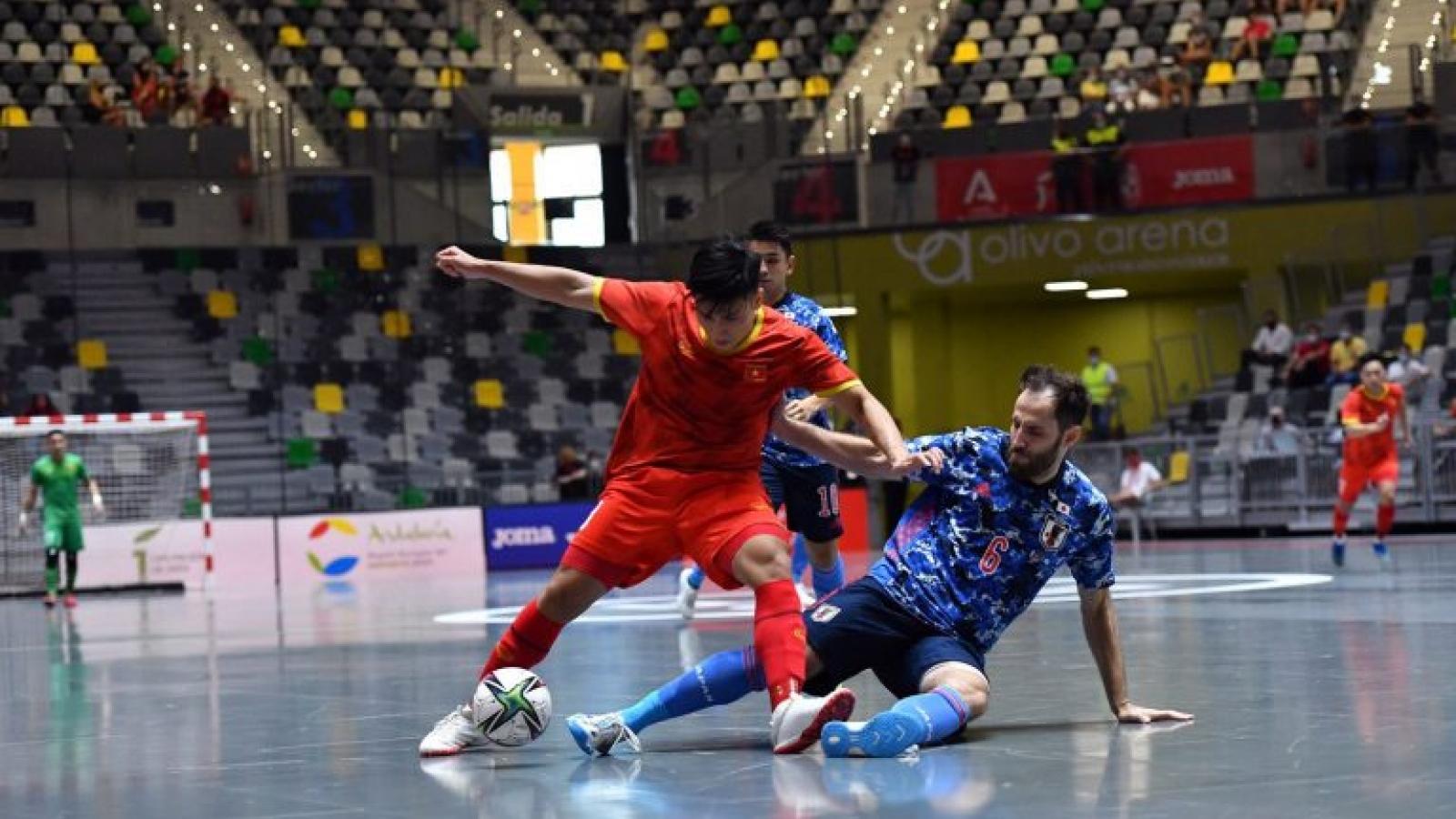 ĐT Futsal Việt Nam sẵn sàng cho màn so tài với ĐT Brazil