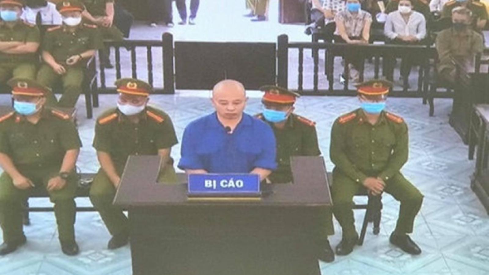 Hoãn phiên tòa xét xử Nguyễn Xuân Đường và con nuôi vụ xâm phạm chỗ ở