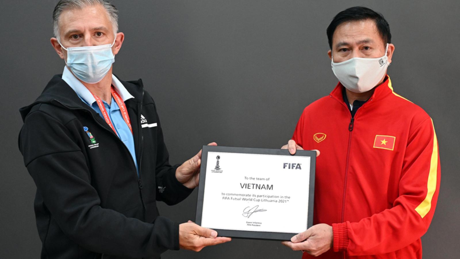 ĐT Futsal Việt Nam được FIFA khen trước trận đấu với ĐT Brazil