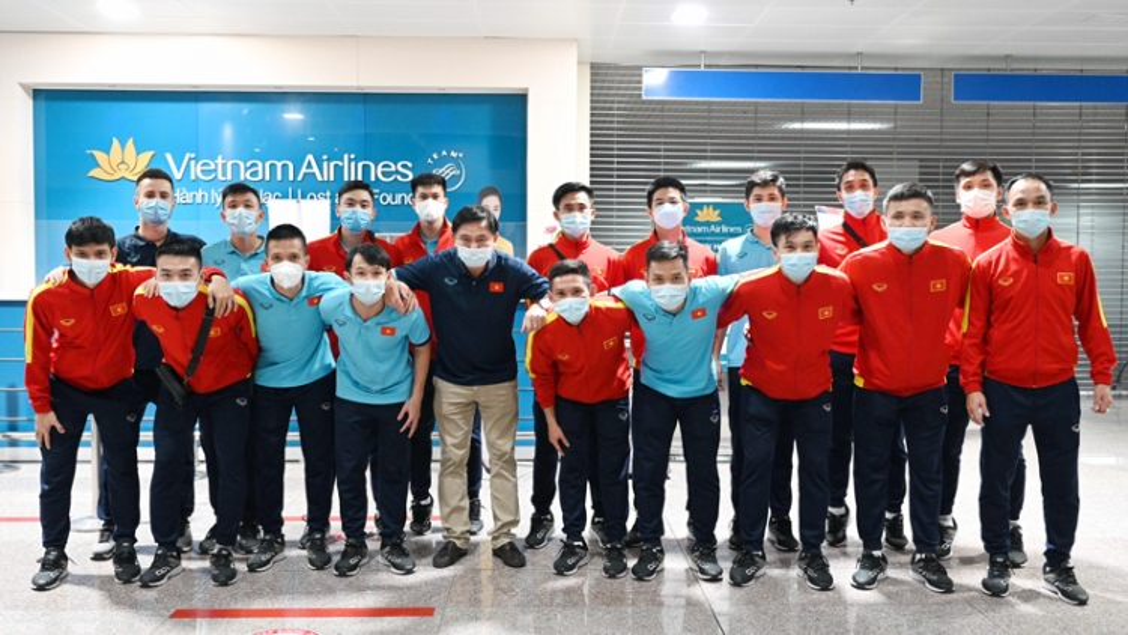 ĐT Futsal Việt Nam về nước, bắt đầu thực hiện cách ly y tế