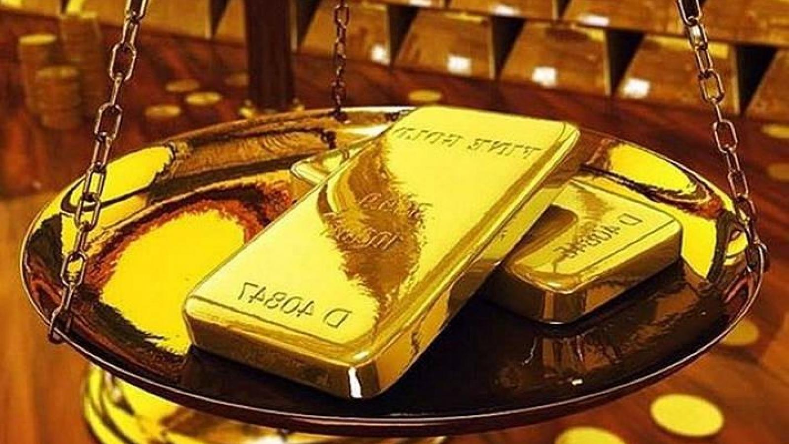 Giá vàng trong nước đi ngang, giá thế giới giảm nhẹ