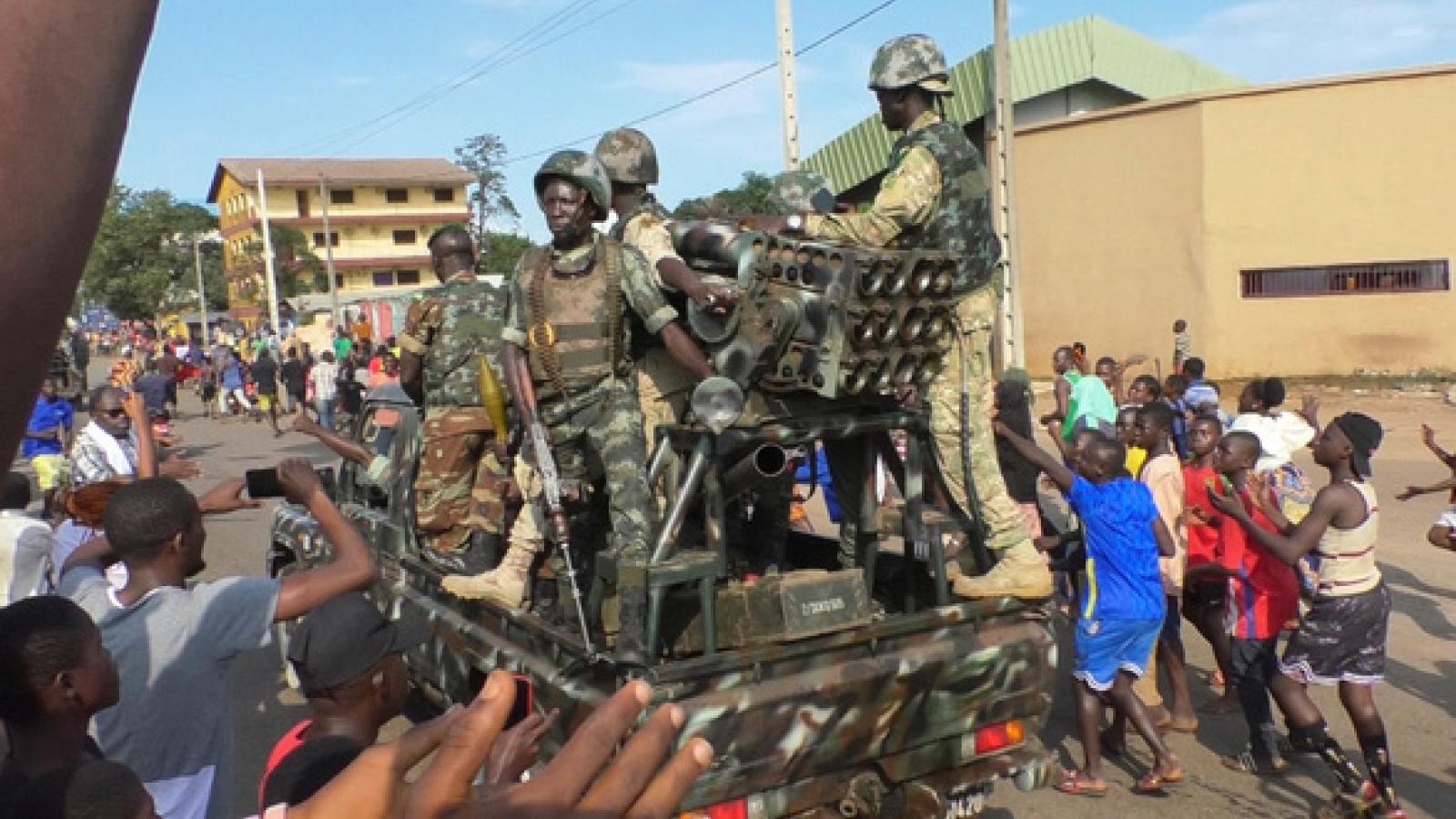 Điều ít biết về nhân vật đứng sau cuộc chính biến tại Guinea