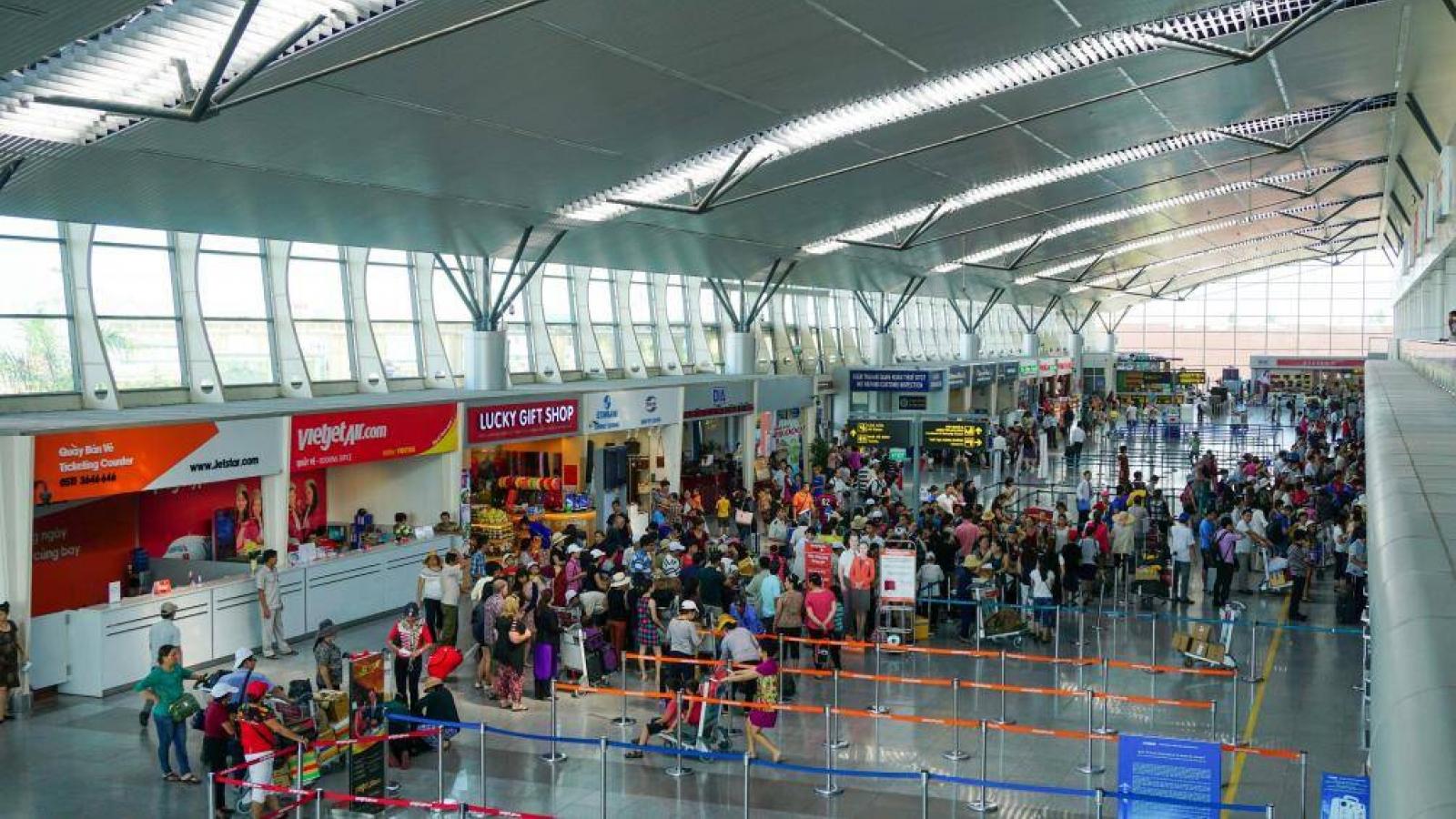 """""""Tuýt còi"""" chưa cho các hãng hàng không trong nước bán vé máy bay"""
