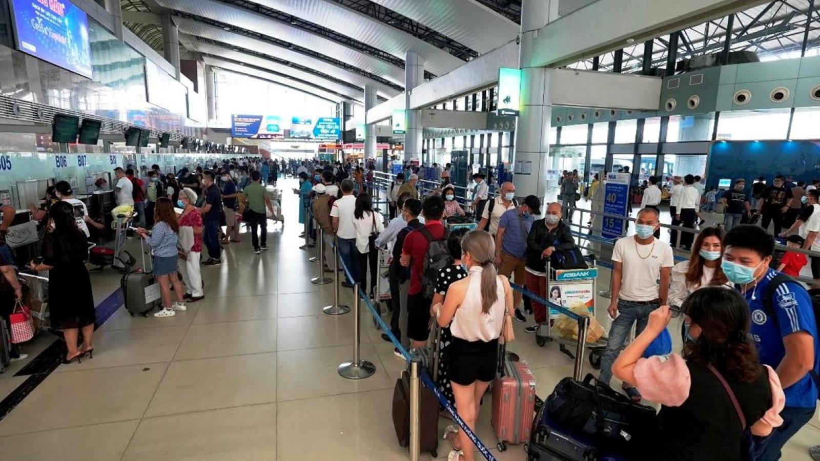 Chuẩn bị phương án mở lại các chuyến bay chở khách trên toàn quốc