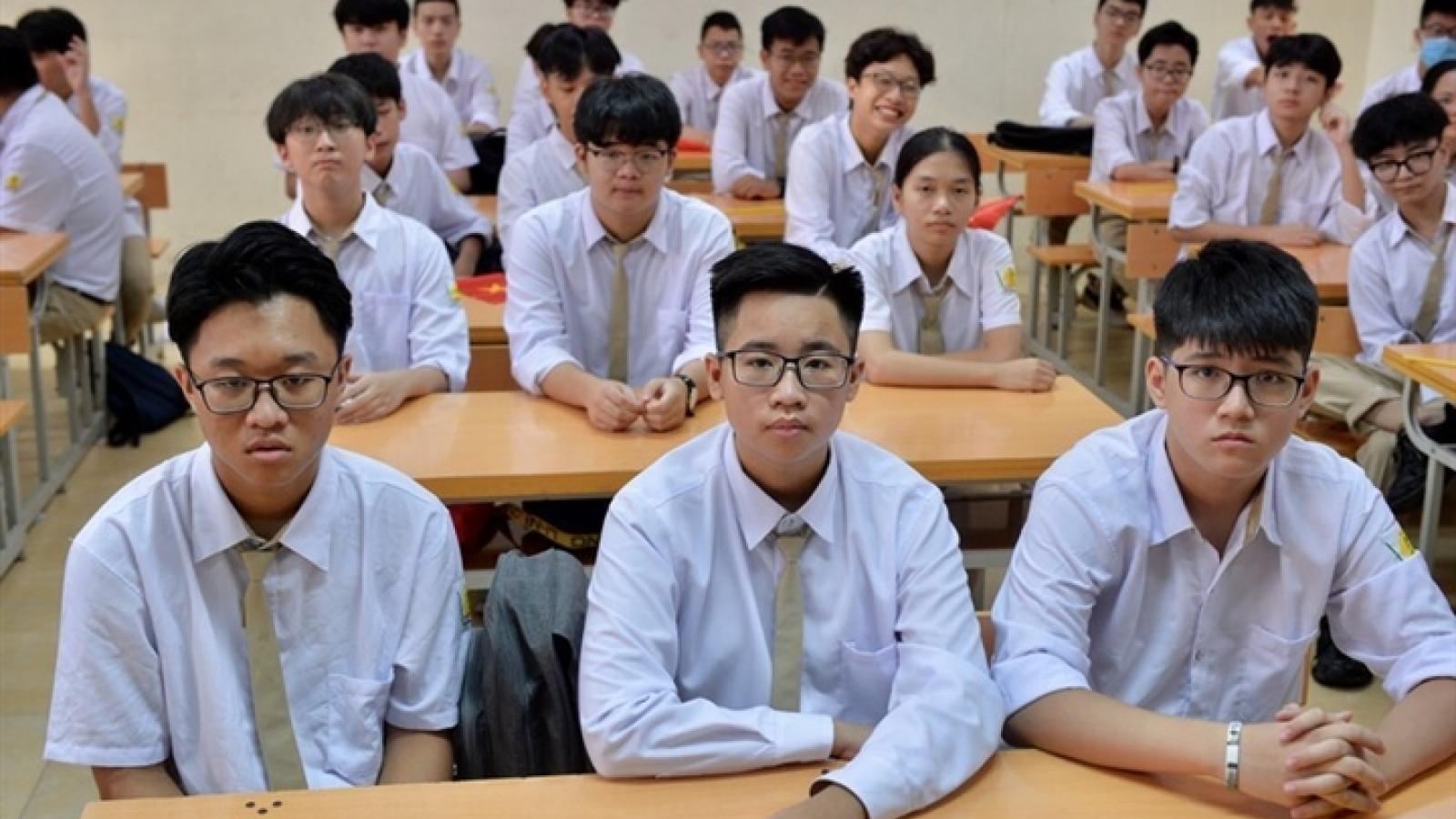 10 tỉnh thành miễn học phí cho học sinh năm học 2021-2022