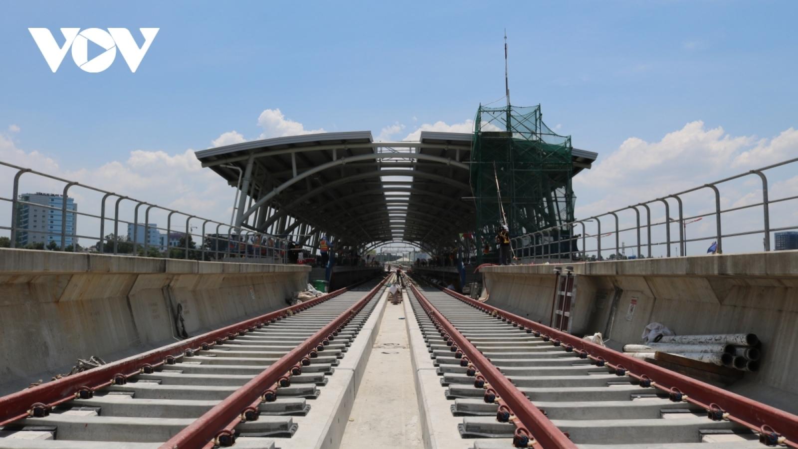 Tháo gỡ khó khăn về vốn, đảm bảo tiến độ xây dựng 2 tuyến Metro số 1 và số 2