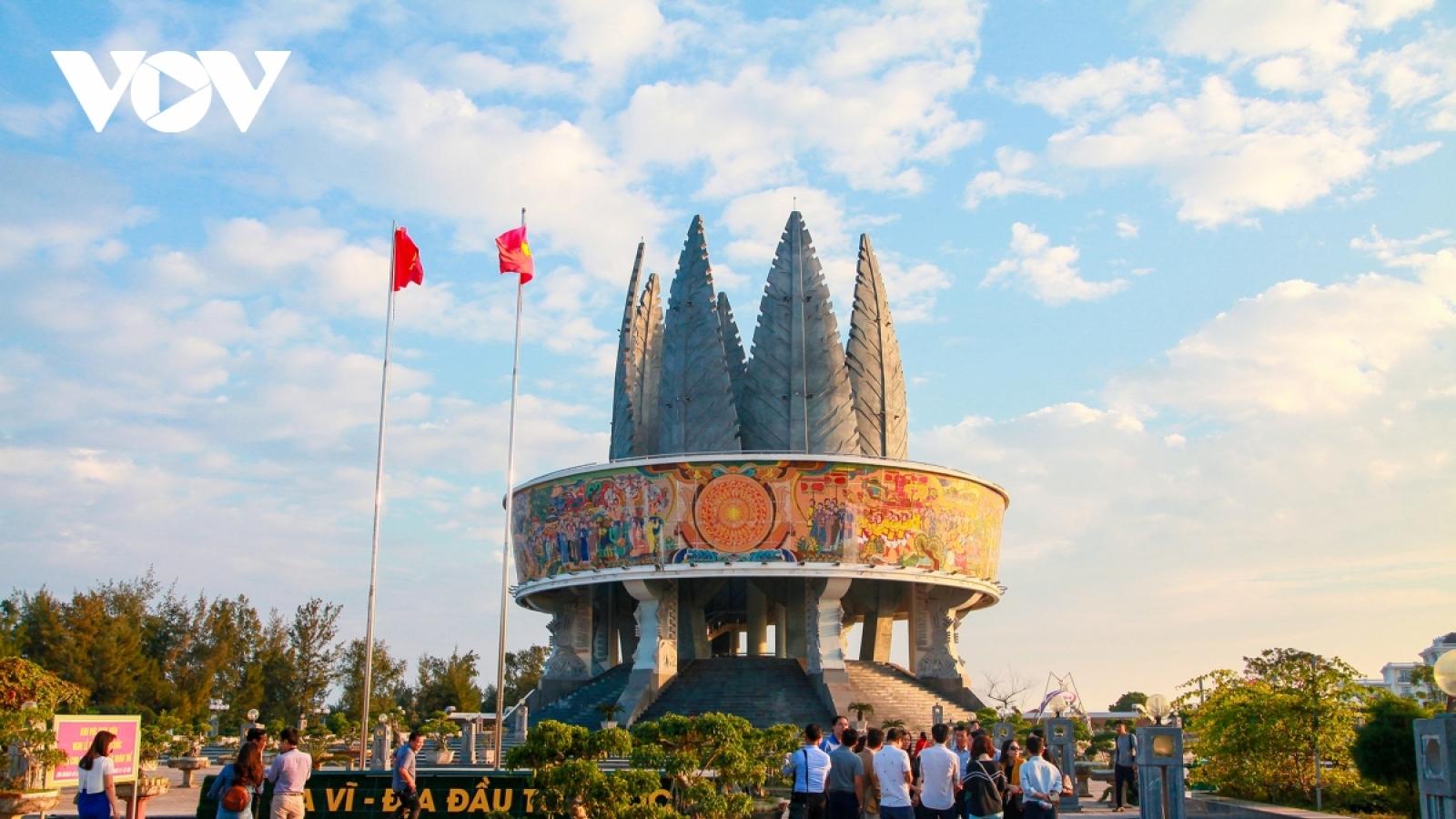 Quảng Ninh khôi phục lại các hoạt động du lịch nội tỉnh