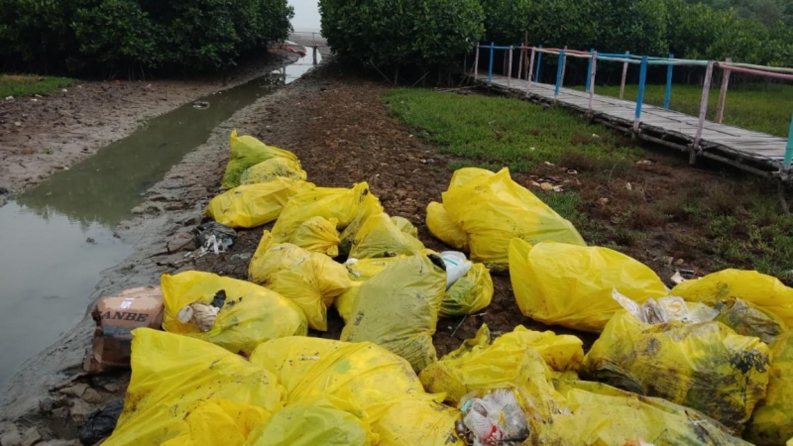 Gian nan vấn đề quản lý rác thải y tế trong đại dịch Covid-19 ở Indonesia