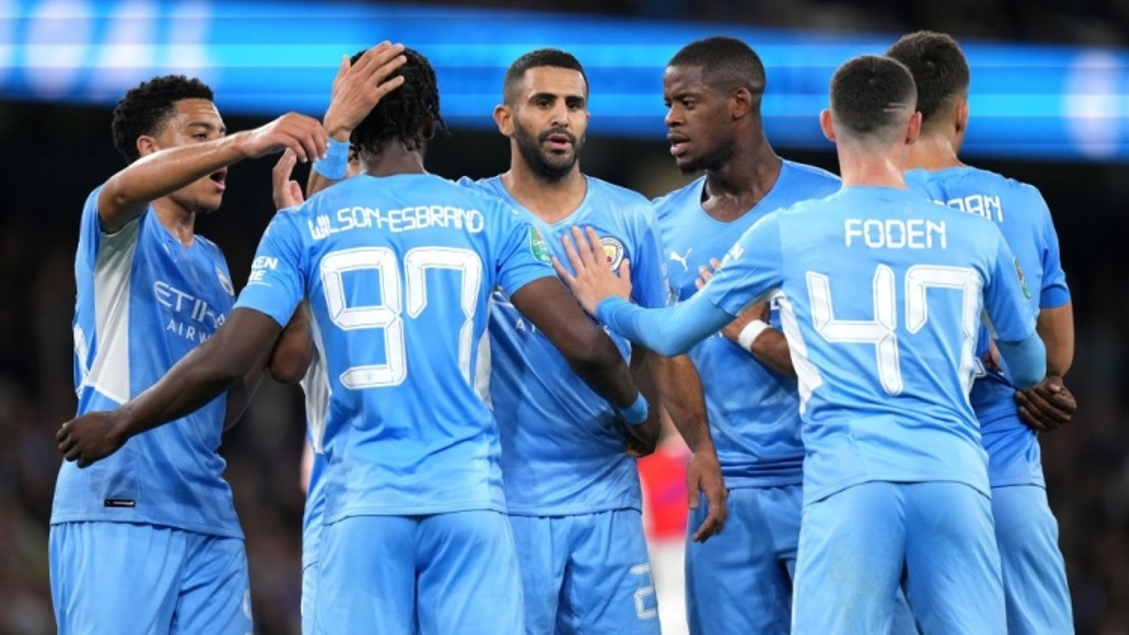 Vòng 3 League Cup: Man City thắng 6-1 Wycombe, Brentford gây sốc với chiến thắng 7-0