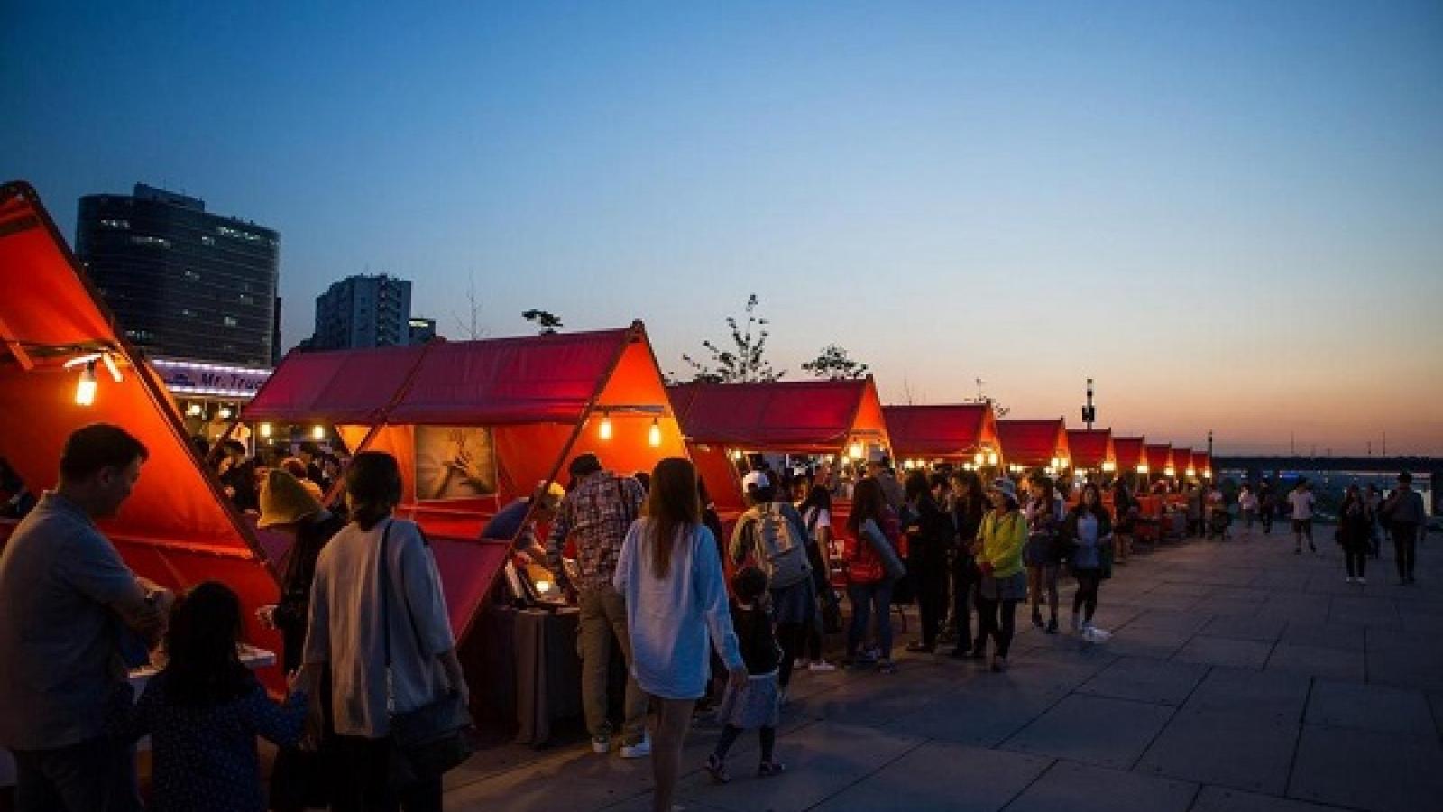 Khám phá những khu chợ đêm nổi tiếng ở Hàn Quốc