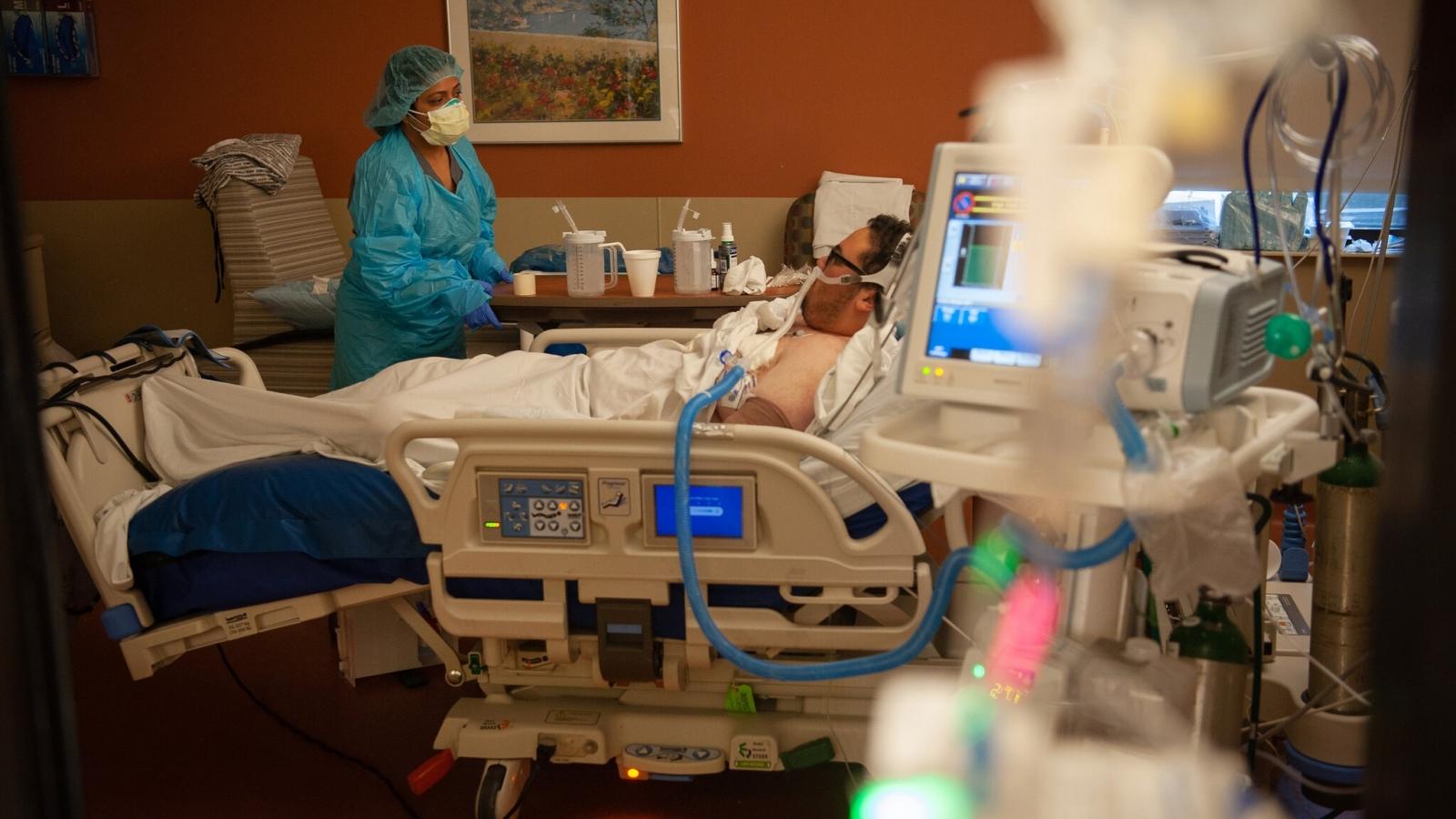 Tiến sĩ Fauci: Số ca mắc Covid-19 ở Mỹ cao gấp 10 lần mức cần thiết để kết thúc đại dịch