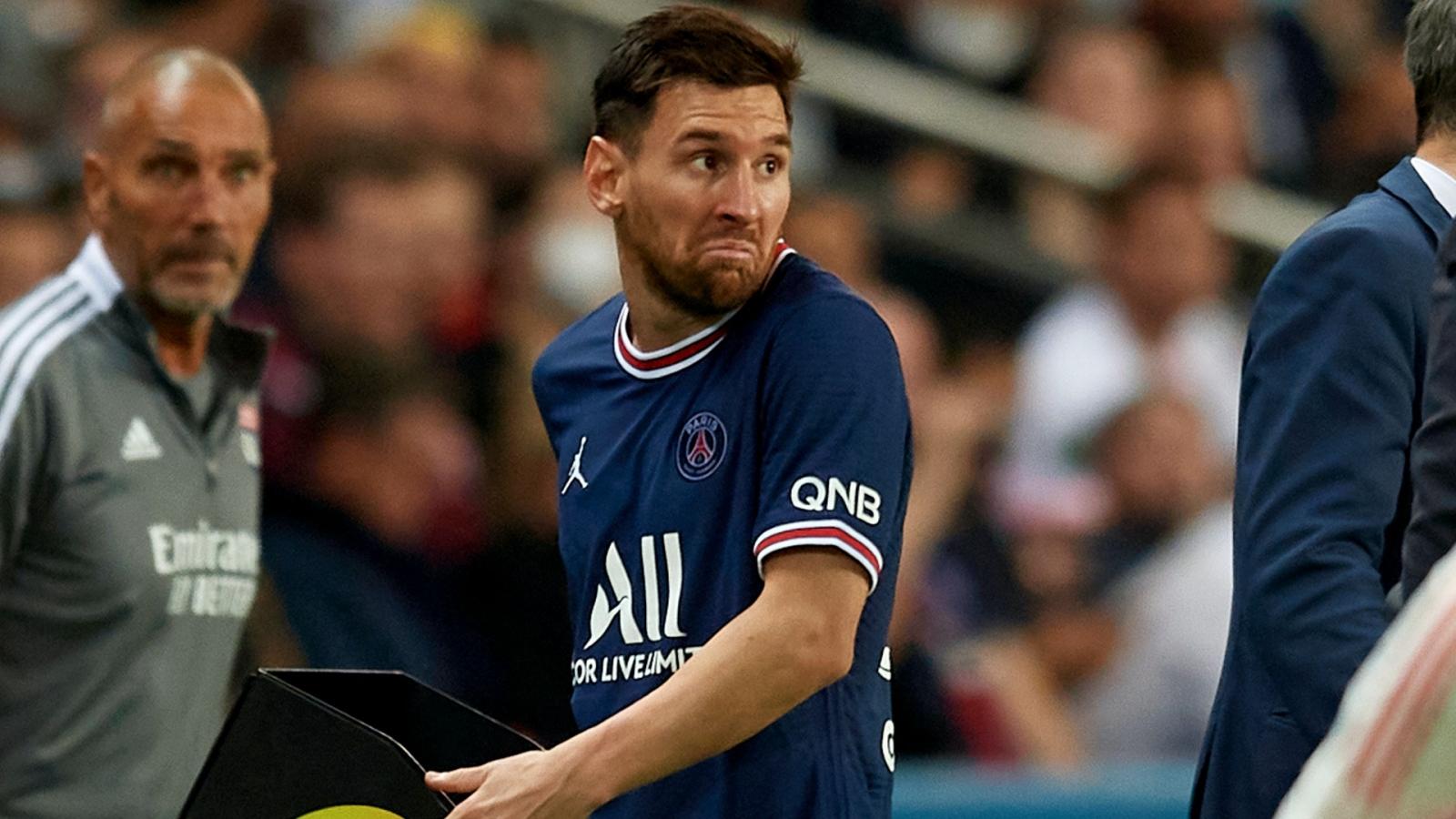 Vì sao Lionel Messi bị thay ra trong trận PSG 2-1 Lyon?