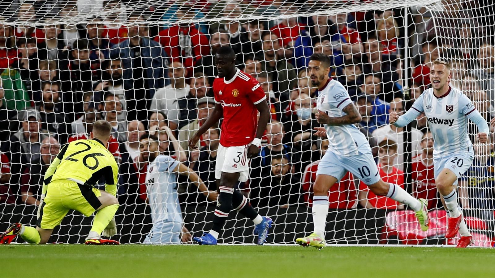"""Kết quả League Cup: MU bị loại sớm, Chelsea đi tiếp sau loạt """"đấu súng"""""""