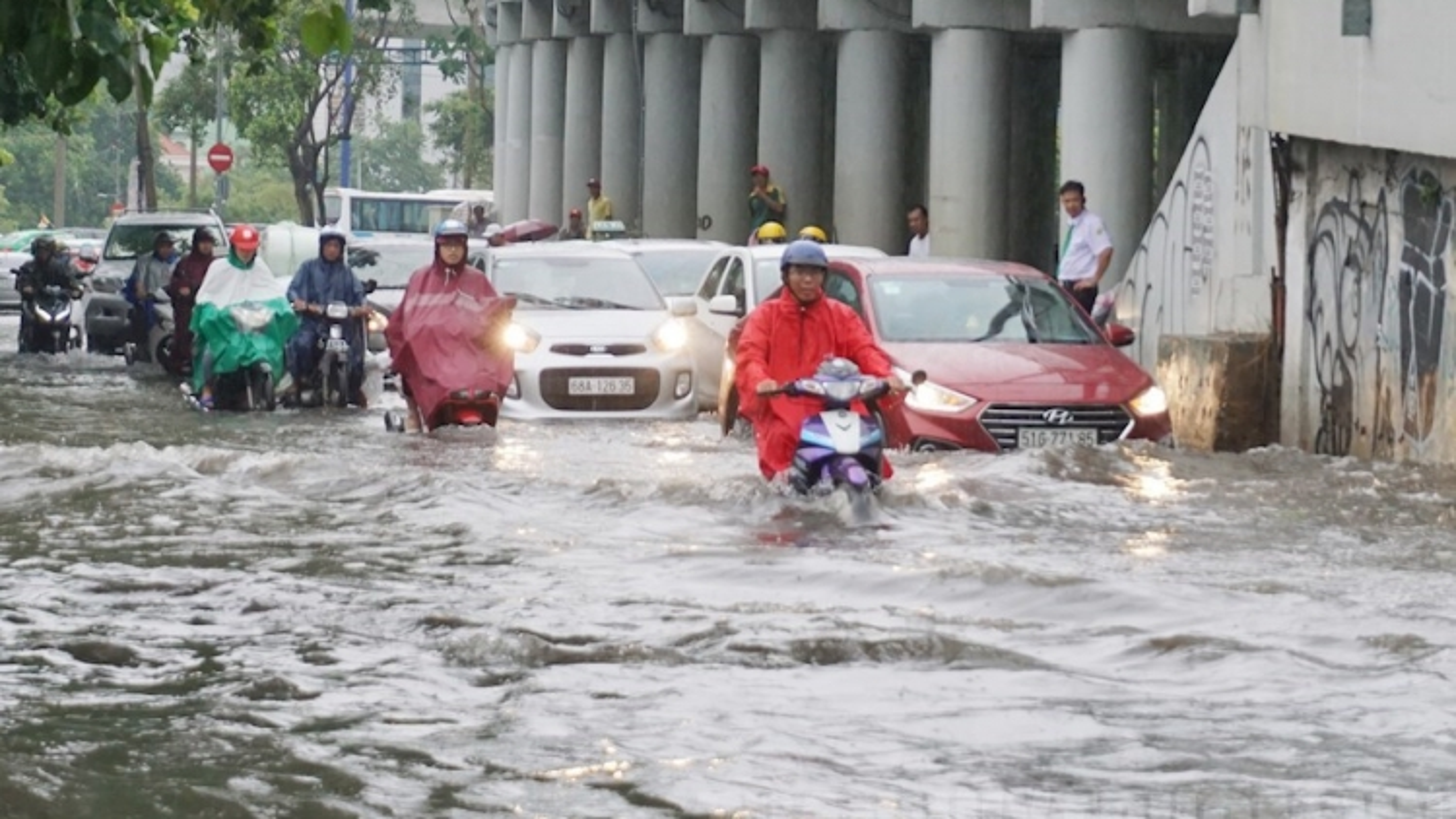 Thời tiết ngày 6/9: Hà Nội và các khu vực trong cả nước đều có mưa