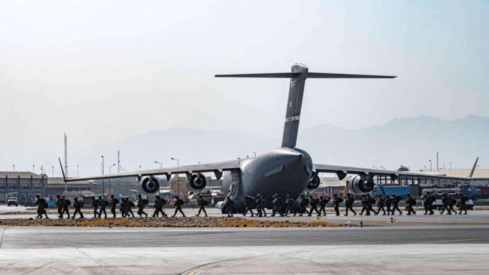 Mỹ tìm cách lấy lại hình ảnh sau cuộc sơ tán hỗn loạn khỏi Afghanistan