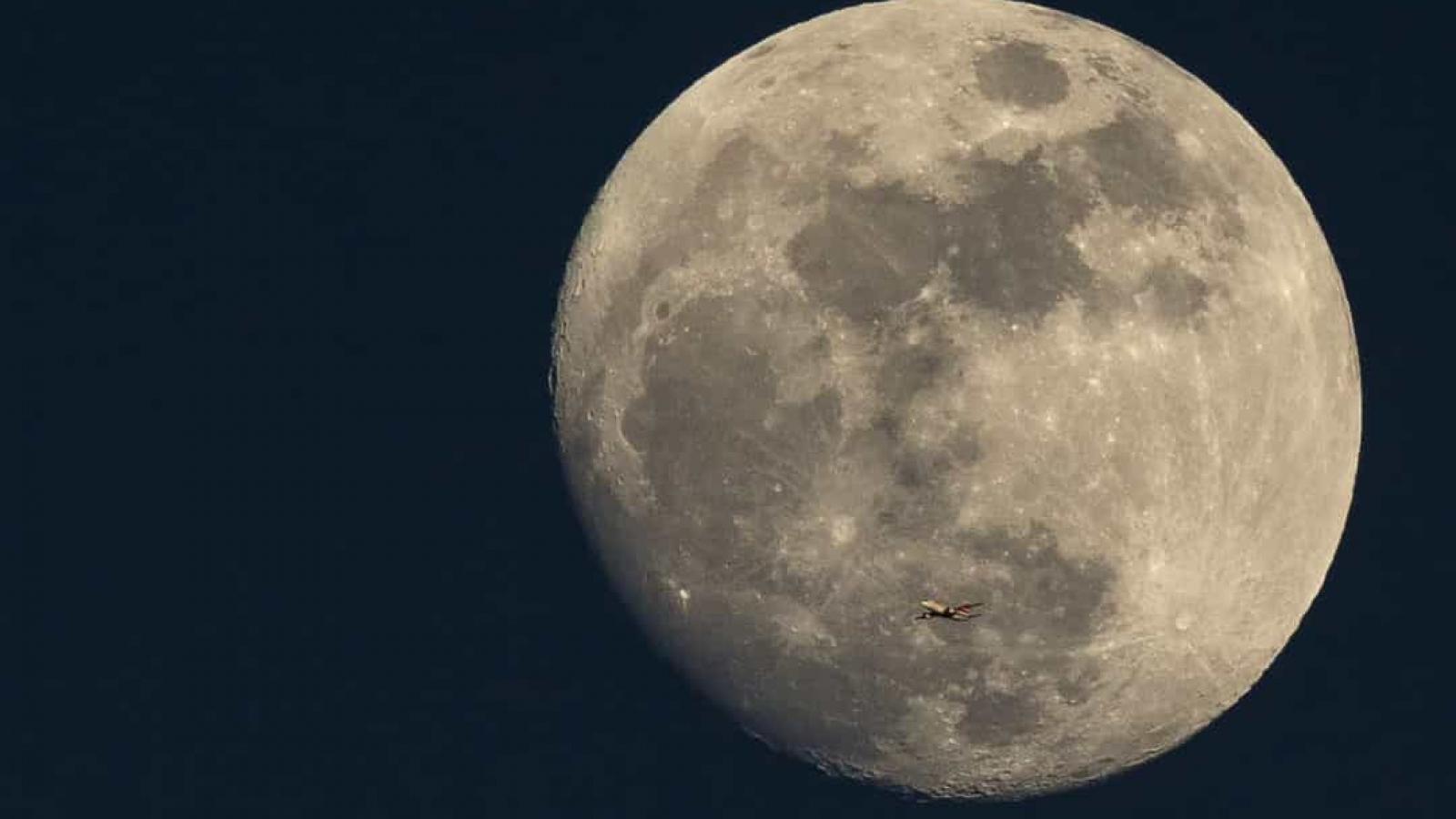 Những sự thật bất ngờ về Mặt Trăng