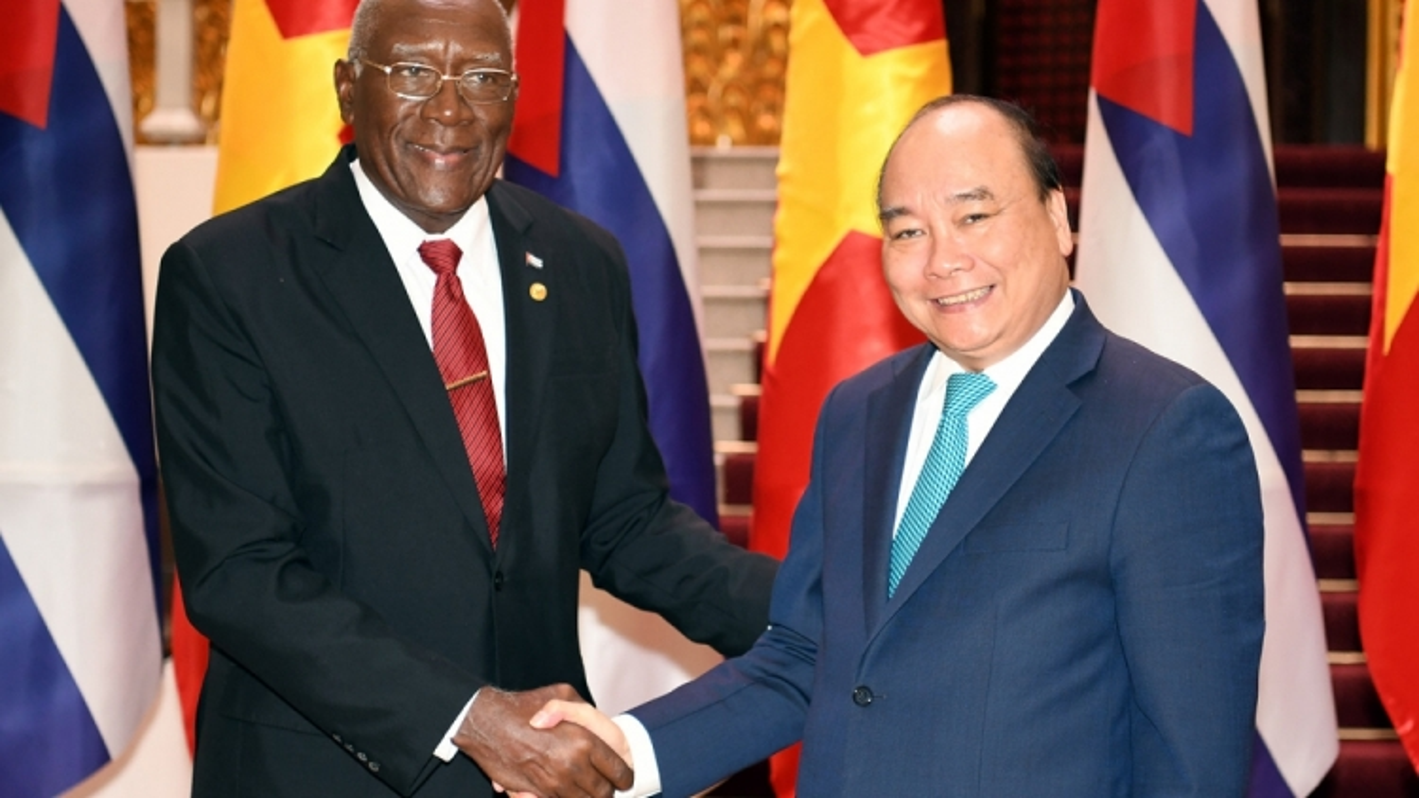 Vietnam, Cuba show exemplary solidarity in international relations