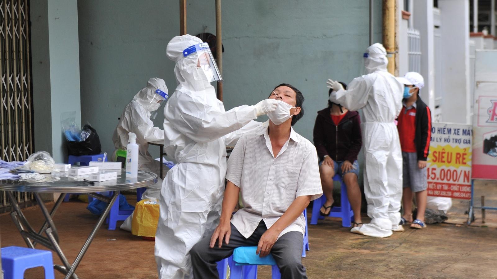 Phát hiện nhiều trường hợp dương tính COVID-19 tại cộng đồng ở Đắk Lắk