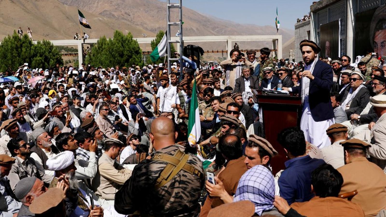 Taliban bao vây thành trì kháng chiến Panjshir, kêu gọi đàm phán hòa bình