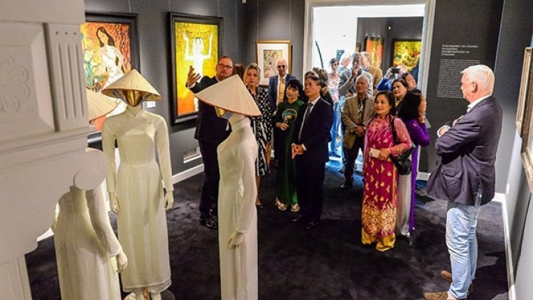 """""""Vietnam: The Dreamed Paradise"""" exhibition opens in Netherlands"""