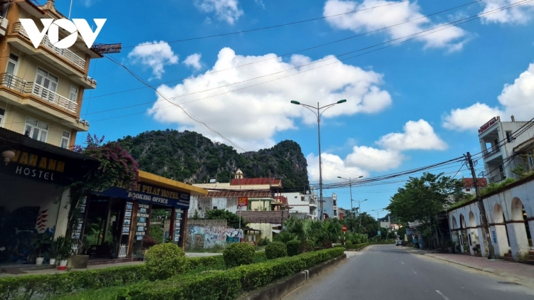 """Quang Binh to launch """"green tourism"""" model to welcome back tourists"""