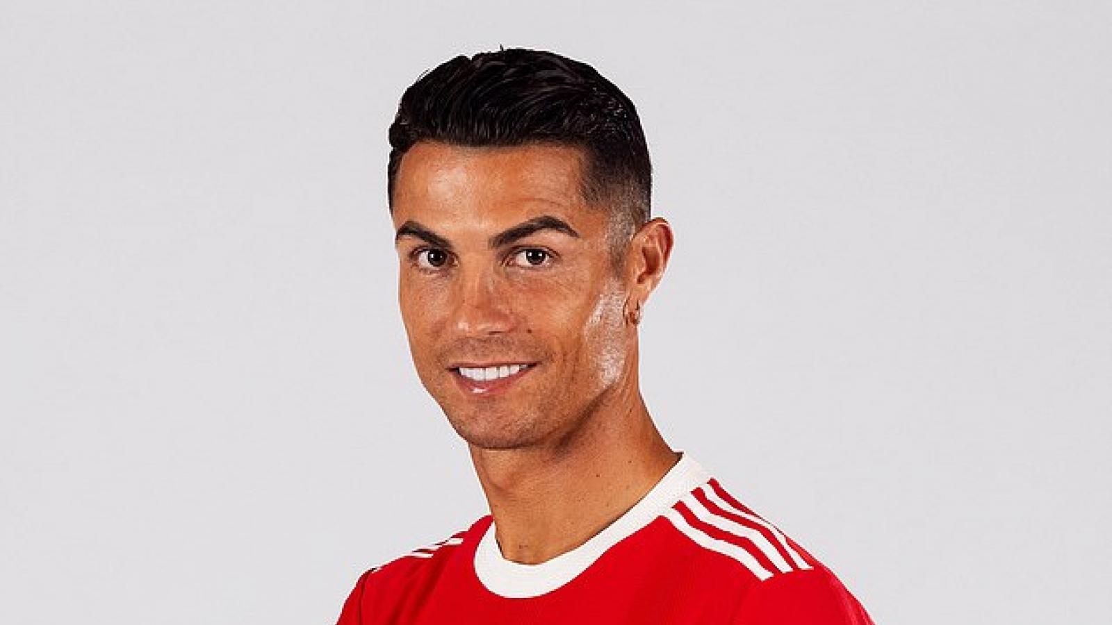 Ronaldo khó ra mắt MU cuối tuần này