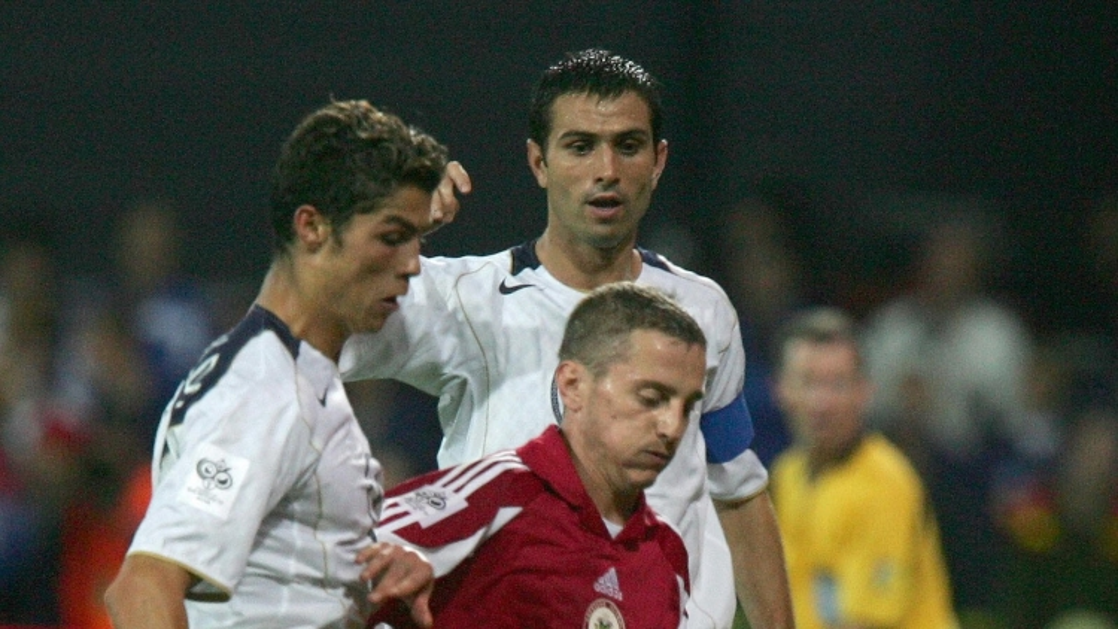 Ngày này năm xưa: Ronaldo ghi bàn thắng đầu tiên ở vòng loại World Cup