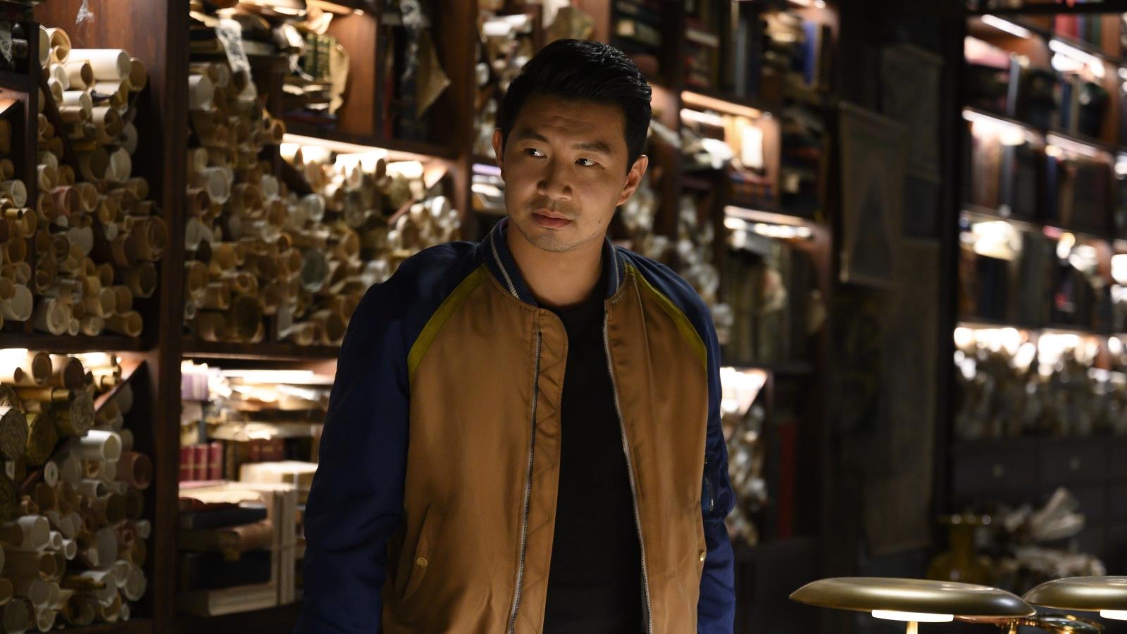 """Bom tấn """"Shang-Chi"""" thống trị phòng vé với doanh thu mở màn kỷ lục"""