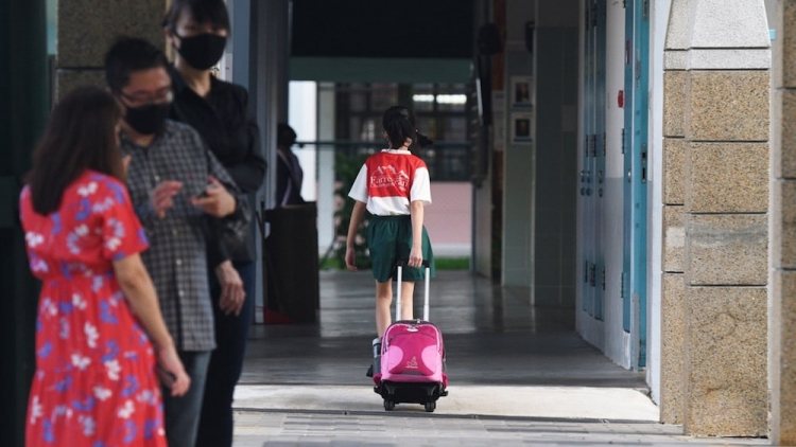 Singapore bắt buộc học sinh tiểu học học trực tuyến sau khi số ca nhiễm tăng trở lại